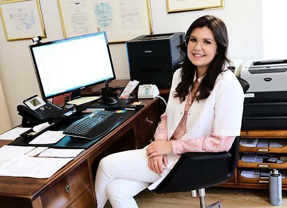 Frau SABINE SCHERL Ordination Dr Hermine Reindl Facharzt für Neurologie und Psychiatrie Innsbruck